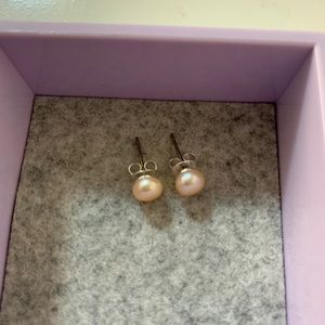 2/15 Mother of pearl colored earrings